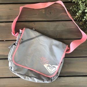Roxy pink & grey duffel bag